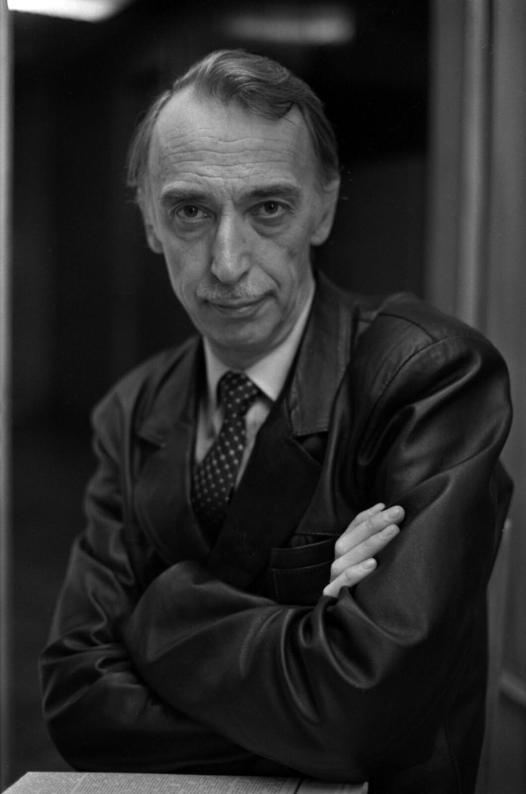 1975. Александр Иванов