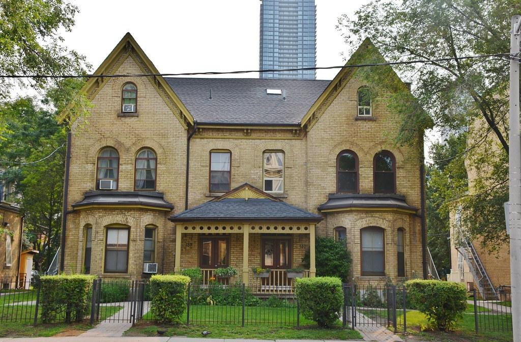 137-139 Beverley Street (1877), Toronto, ON