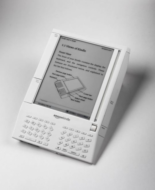 Amazon annonce la fin du sans fil pour ses anciennes Kindle