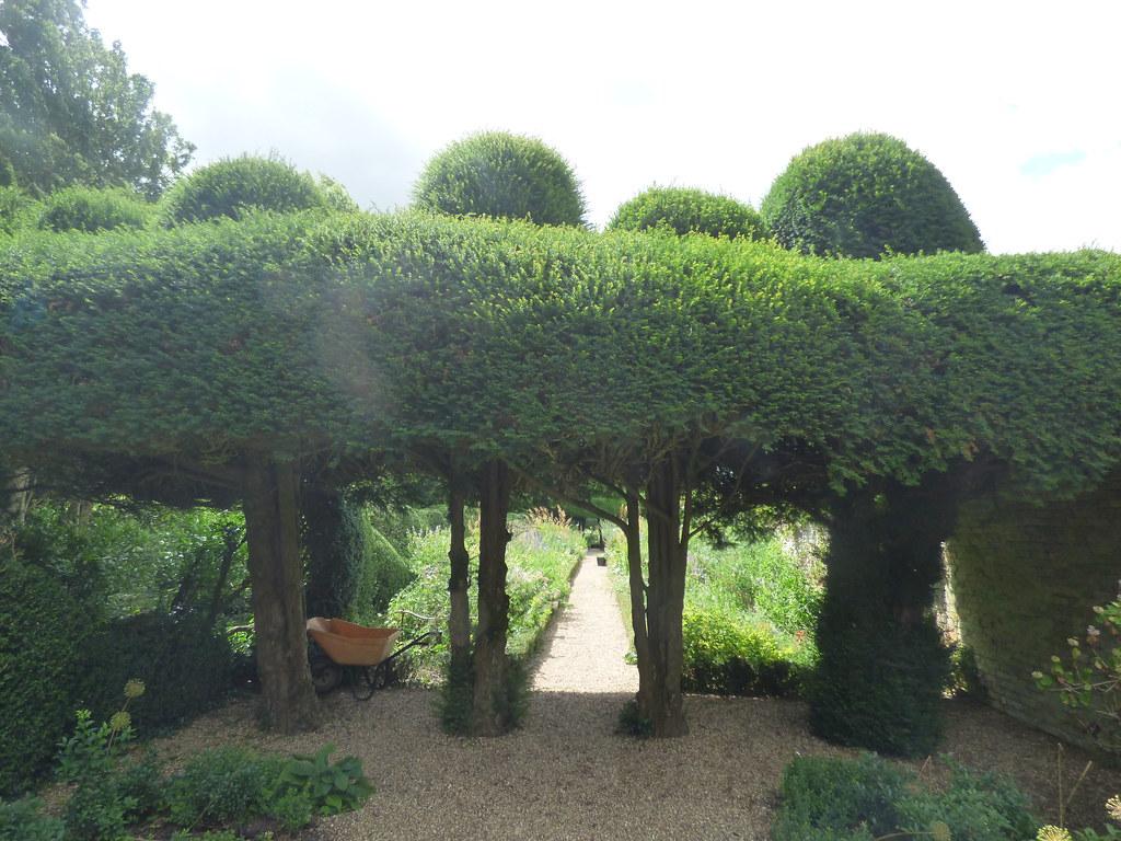 Double Border at Kelmarsh Hall & Gardens