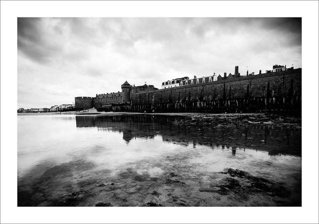 Remparts de St Malo, reflets