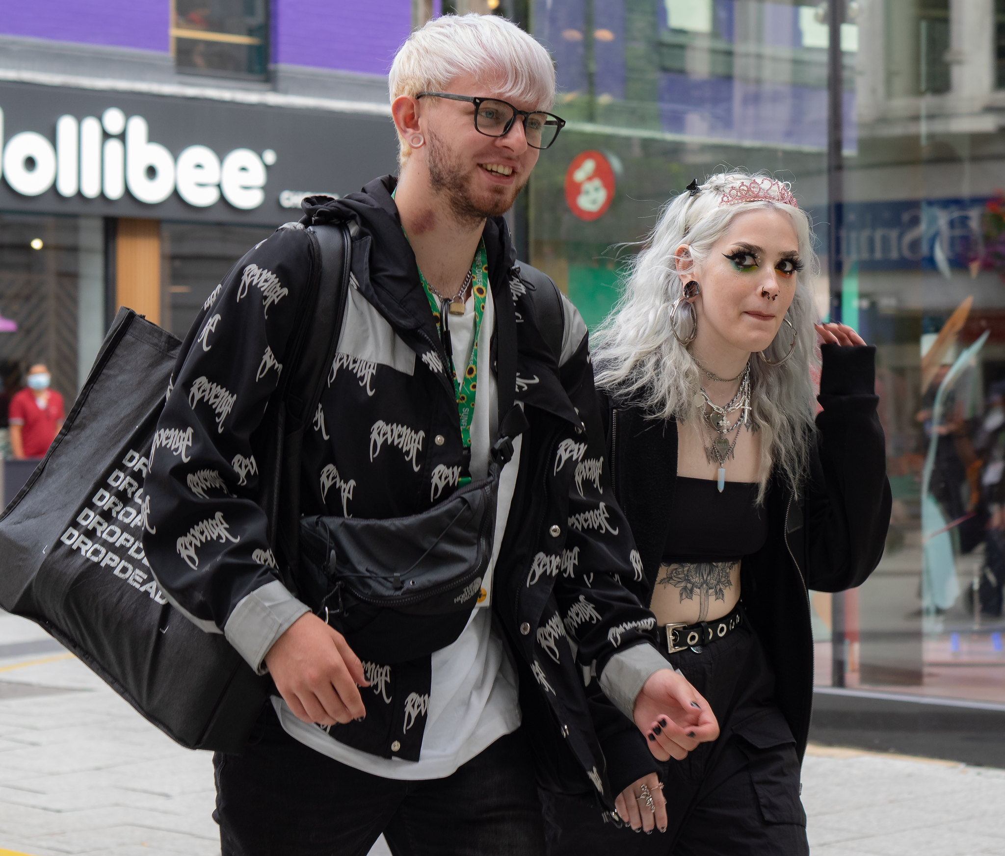 Dropdead couple