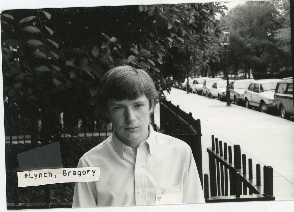 1986 Gregory Lynch