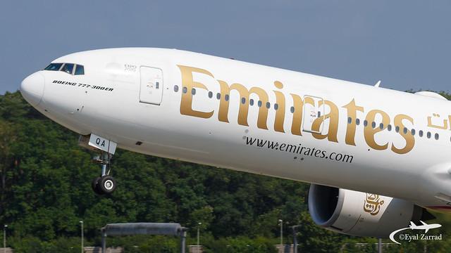 HAM - Emirates Boeing 777-300ER A6-EQA