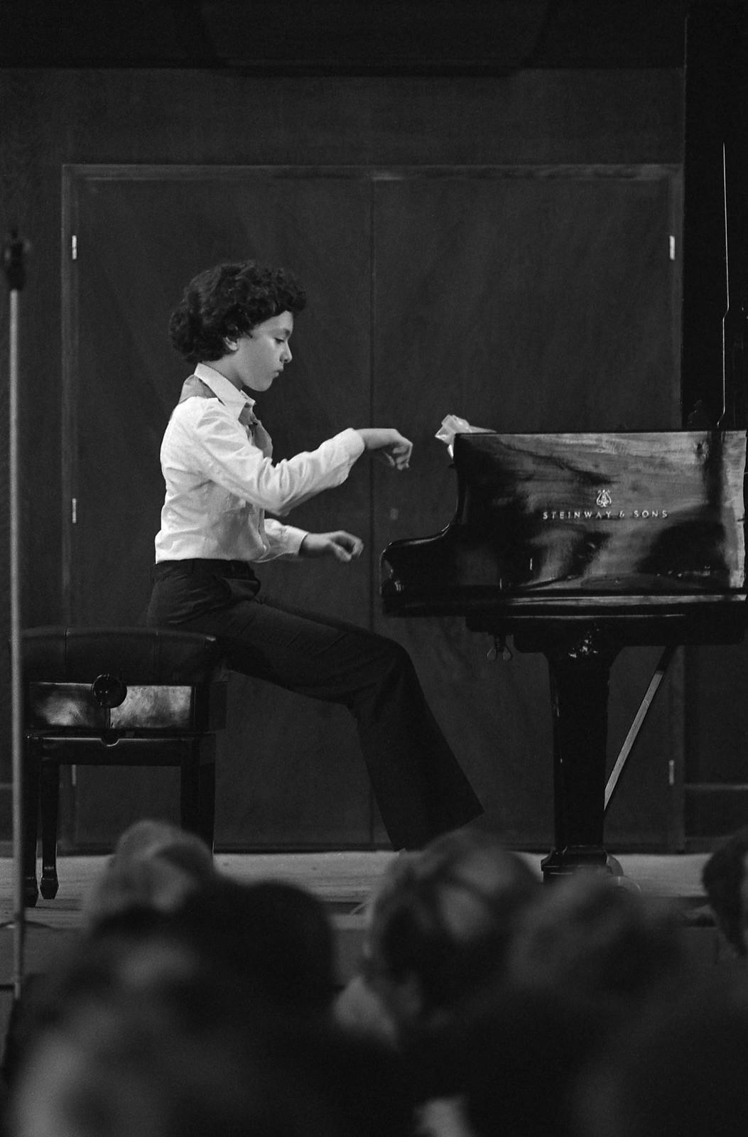 1984. Пианист Евгений Кисин. Первый концерт в Московской консерватории, 23 мая