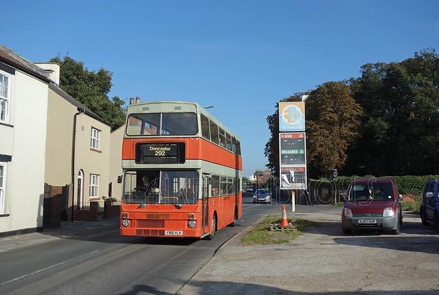 Selwyn Motors - F810YLV - 292 service at Hatfield