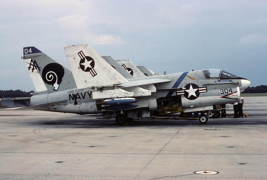 LTV A-7E Corsair II 157439 AA304 30-09-76