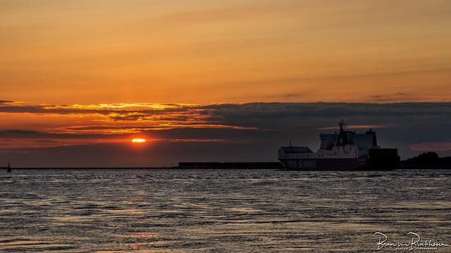 Sunset Nieuwe Waterweg