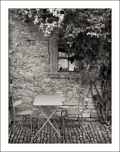 Mainfranggen - im Innenhof der Villa Sommerach