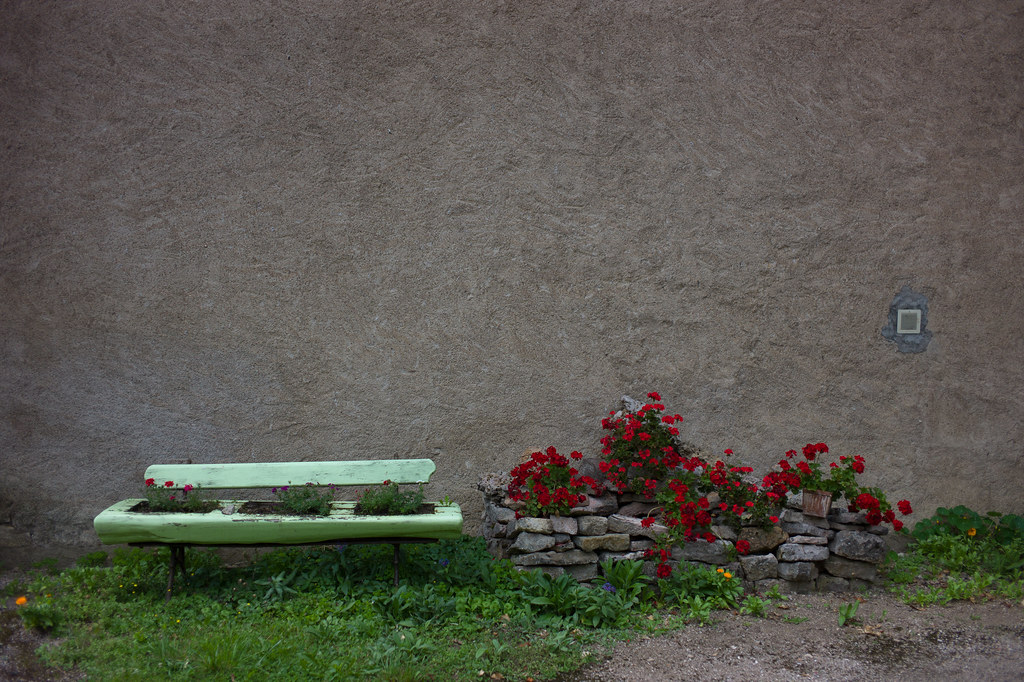 Where flowers can sit
