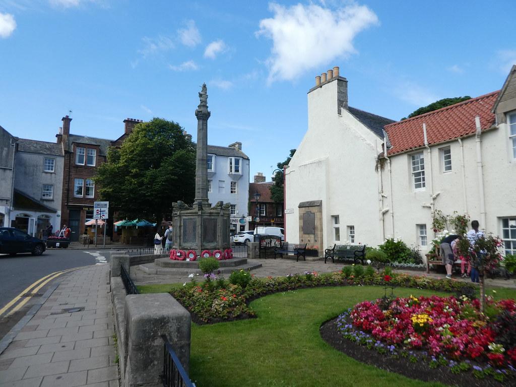 North Berwick town centre