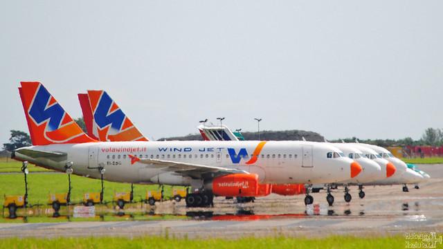 Wind Jet 🇮🇹 Airbus A319-100 EI-ESG