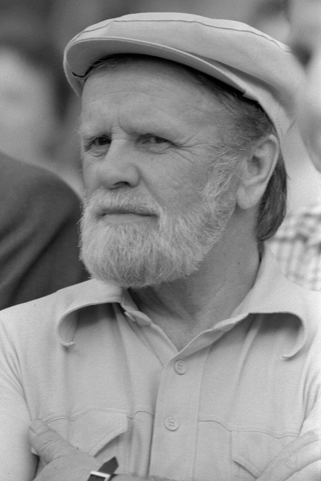 1985. Василий Белов