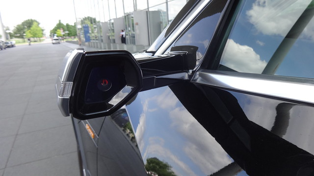 ab 2018 HD-Kamera für Außenspiegel Kombi-Limousine e-tron 55 quattro von AUDI Otto-von-Bismarck-Allee in 10557 Berlin-Tiergarten