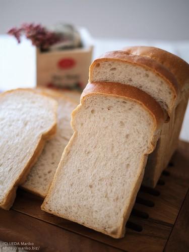 苺ジャム酵母の牛乳食パン 20210731-DSCF0100 (2)