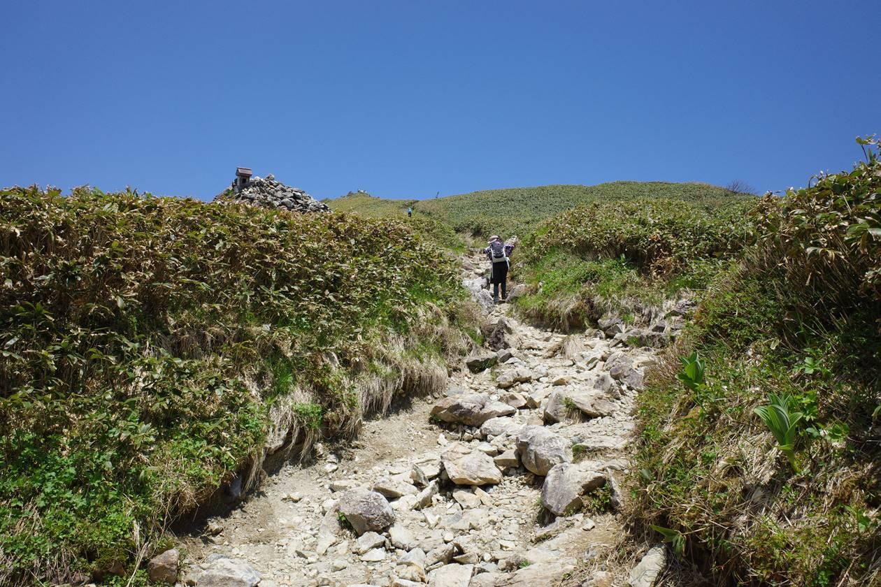 谷川岳山頂へ