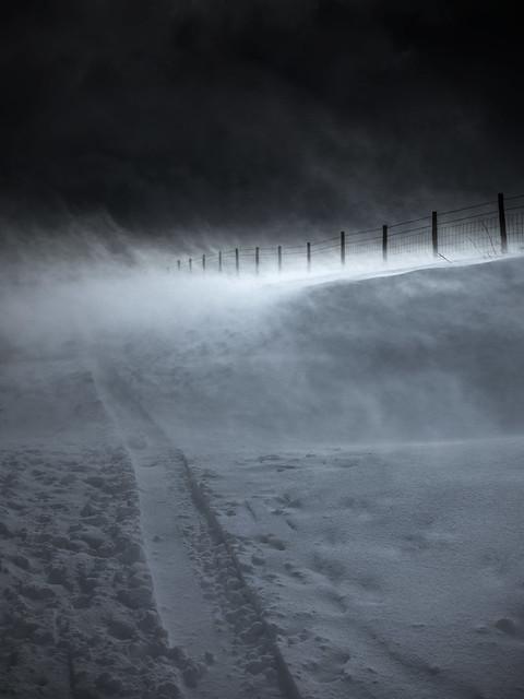 Snow blizzard V- Peak District