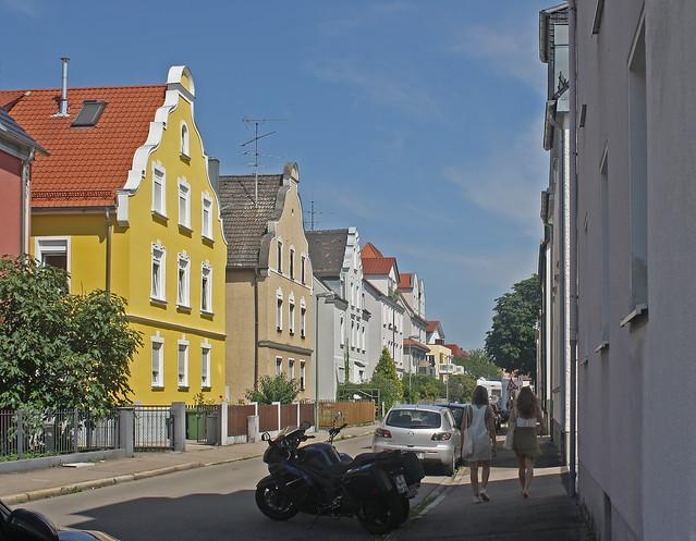 Leonhard-Hausmann-Straße