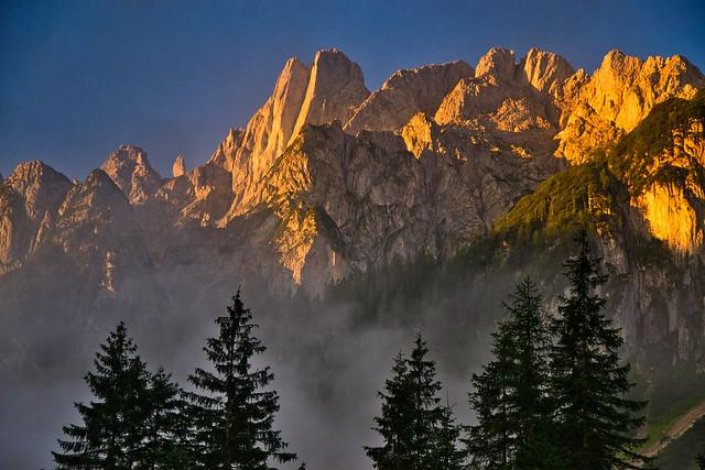 The Gosaukamm peaks in sunrise glow