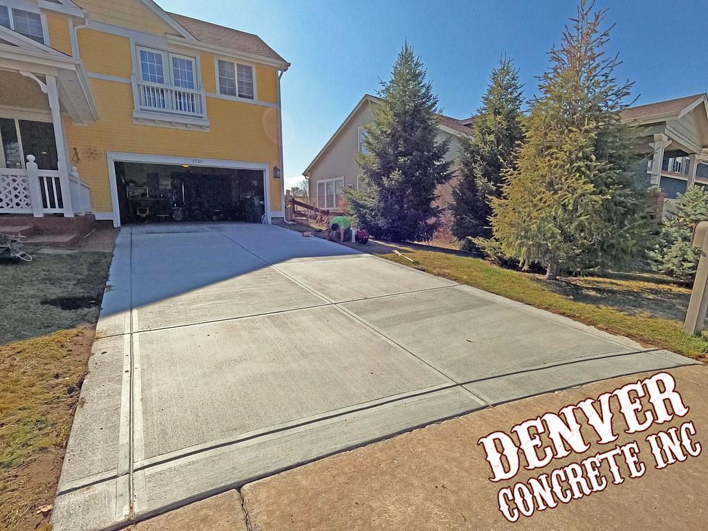 Castle Rock concrete driveway