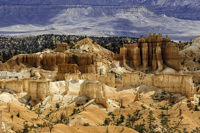 looks like a fortress out in Bryce Canyon