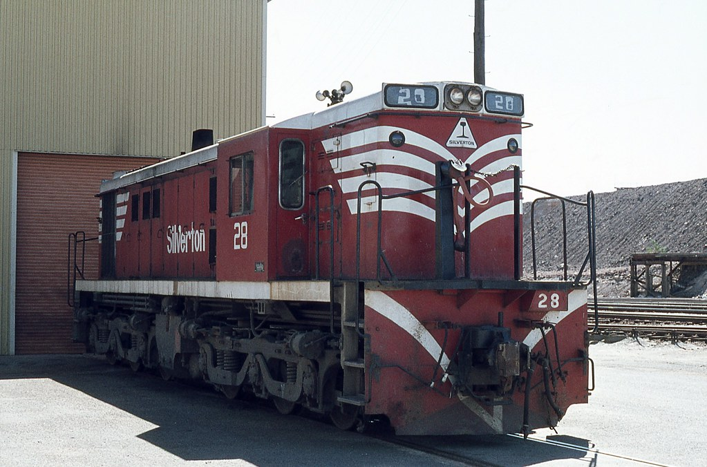 STC Loco 28, Broken Hill, NSW by dunedoo