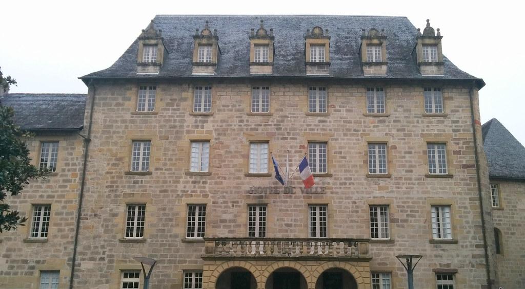 Hôtel de ville de Brive-la-Gaillarde (Corrèze)