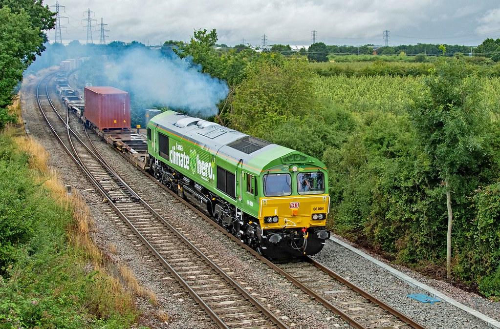 66004 4L38 East Midlands Gateway - Felixstowe. Departs Castle Donnington, Hemington 30.07.21