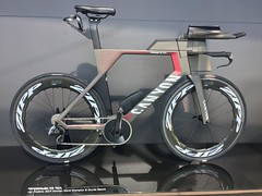 Canyon Speedmax CF SLX ridden by Jan Frodeno to set at Ironman course Record at Kona in October 2019