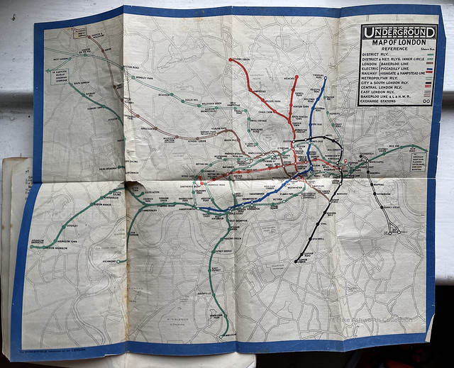 Map of the Electric Railways of London - Underground Map of London - 1919