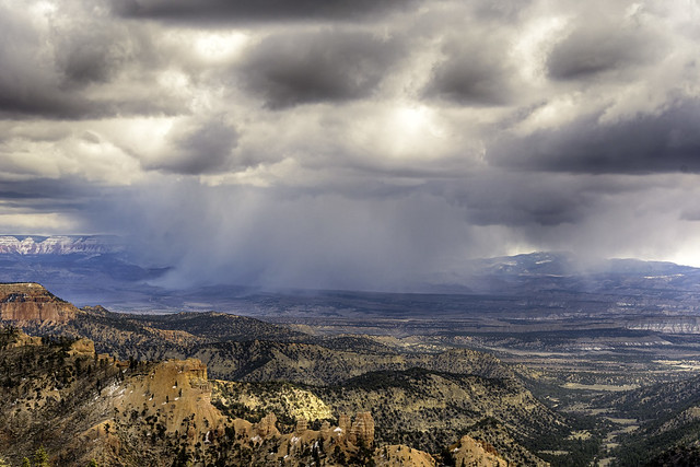 tri-city photographers assignment - weather - snow over Bryce Canyon