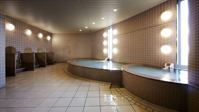 Hyatt-Regency-Osaka-P899-CCC-Public-Bath.16x9