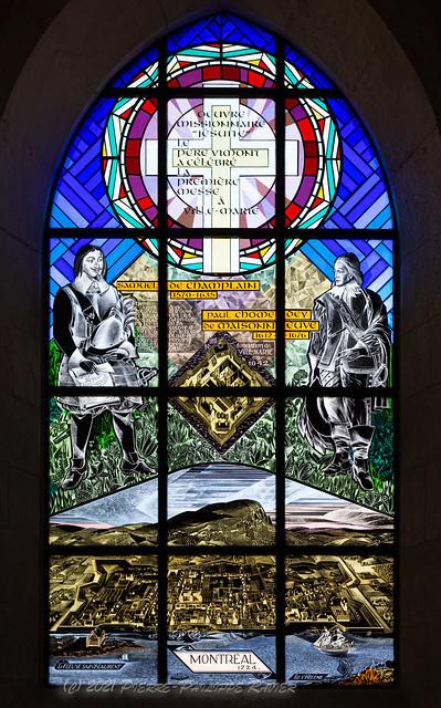 20210706 Vitrail de l'église de Brouages avec Samuel de Champlain