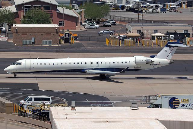N898SK | Bombardier CRJ-900LR | SkyWest Airlines (opf American Eagle)