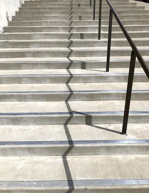 Zigzag shadows