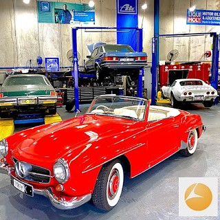 Looking for the best Mercedes Servicing in Caringbah