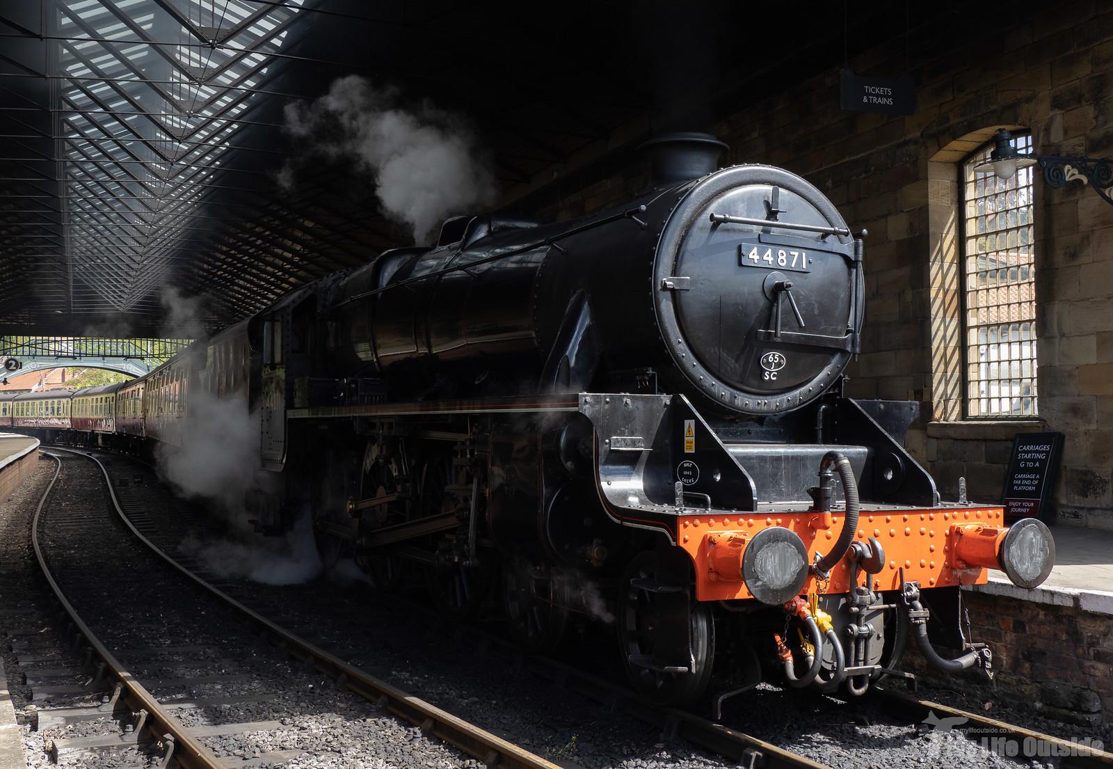 P5172190 - North York Moors Railway