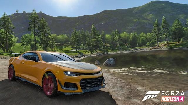 Forza Horizon 4 - Chevrolet Camaro Wallpaper