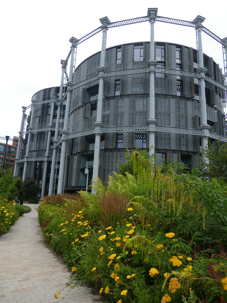 Gas Holder Park Apartments, London