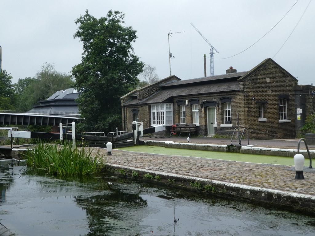 Lock-keepers cottage, St. Pancras Lock, London