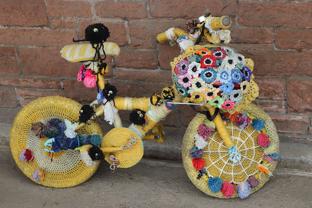 knitted wheels....:)
