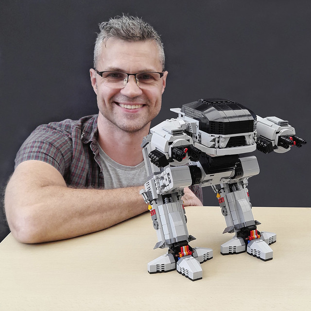 UCS Scale ED-209 - Instructions available