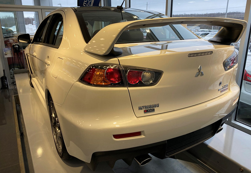 2015-Mitsubishi-Lancer-Evolution-Final-Edition-9