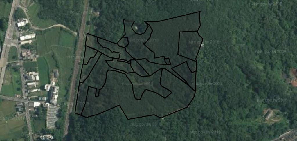 開發場址衛星空照圖可見當地多為原始植被。