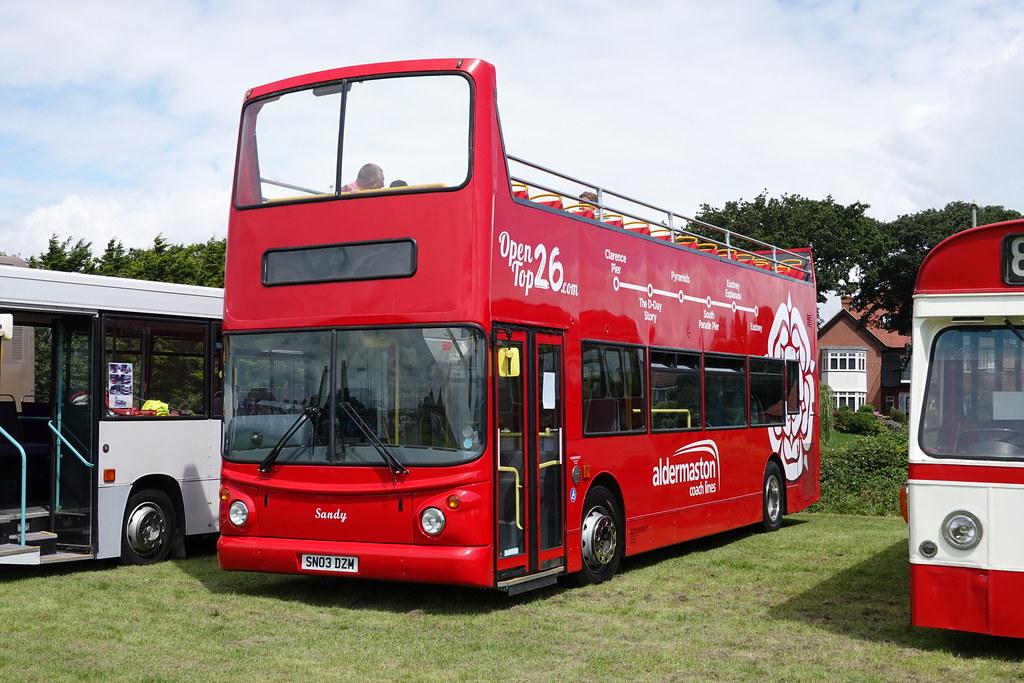 Aldermaston Coach Lines SN03 DZM