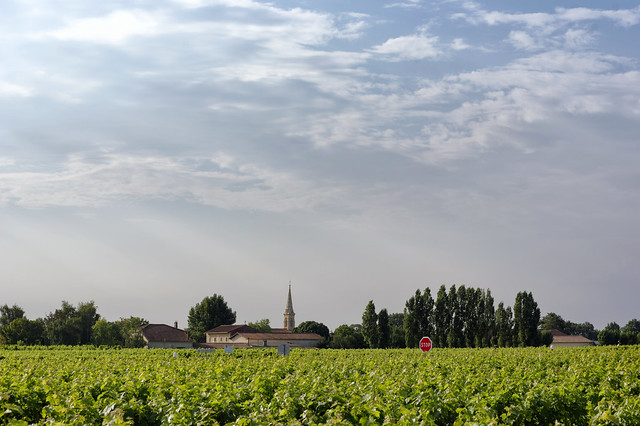 Blaignan-Prignac village