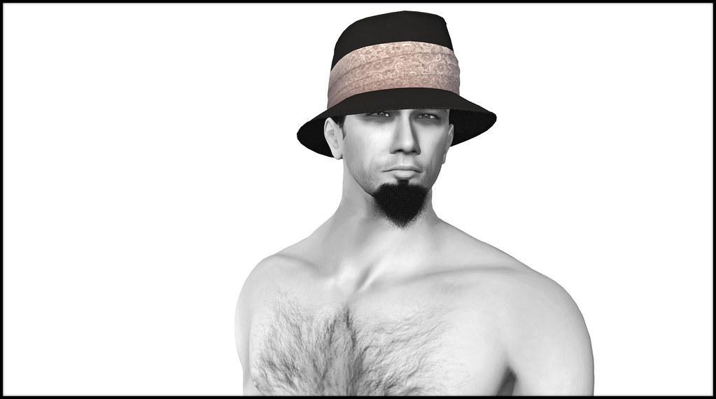 JfL with Elegant beach hat