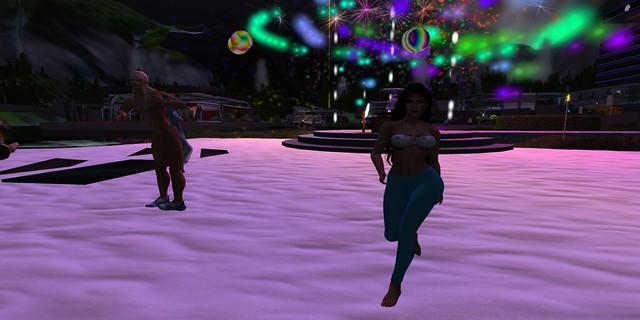 Fireworks Time - Evelyn, Kestral and Oola