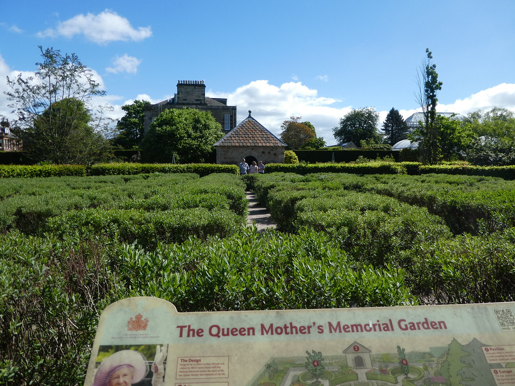 The Queen Mother's Memorial Garden, Edinburgh
