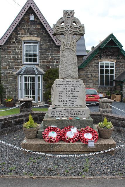 Cemmaes War Memorial.